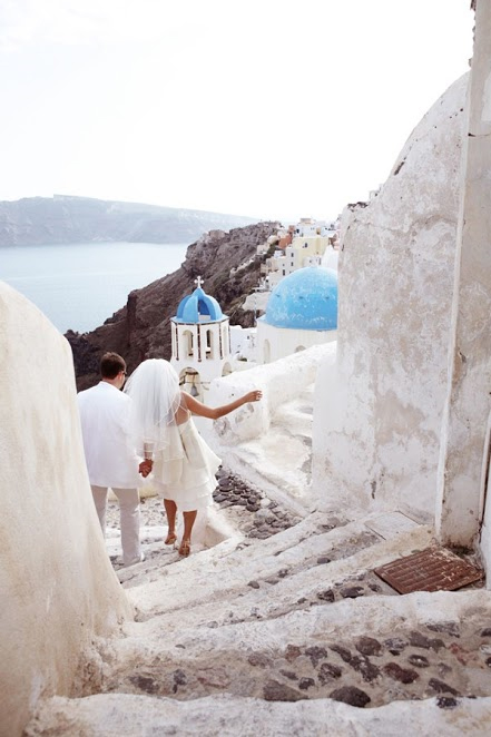 Photo by: Art2Arrange - Finally, take a note from the Greek culture and wave goodbye to the stress of the perfect pose. Wobble your way down to the white beaches and church steeples where you can relax with your new spouse and be present in their historically vibrant culture.