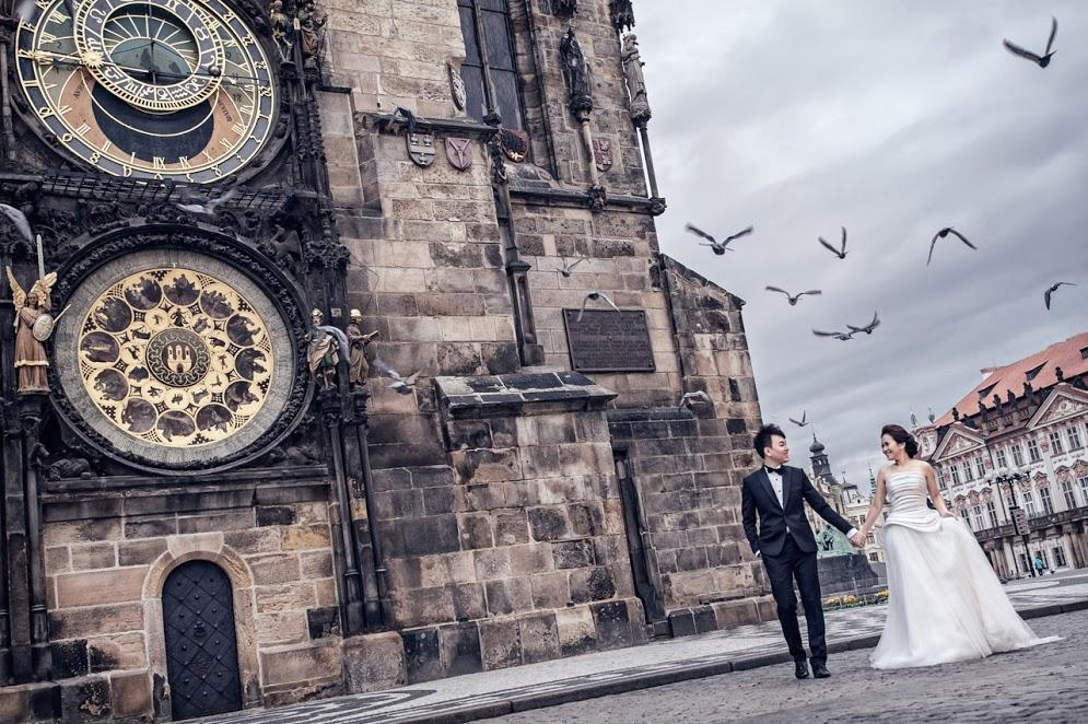Photo by: Kent Wong - Let time stand still as the surrounding surreal elements give your wedding photos a gothically enchanting quality.