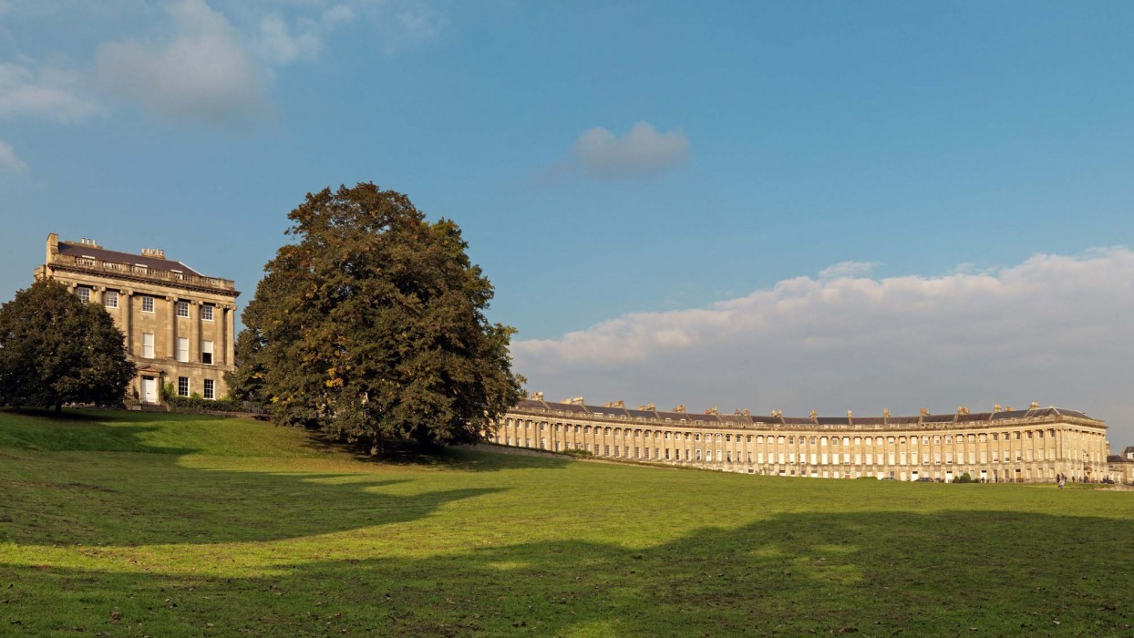 royal-crescent-008-1244x700