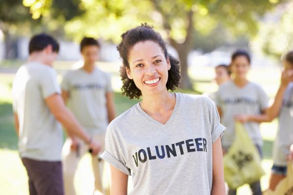 volunteer-woman